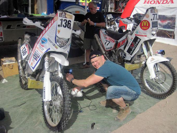 Tat designs nuotr./Gintautas Igaris prie savo Yamaha motociklo
