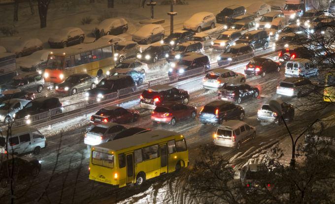 Reuters/Scanpix nuotr./Sniegas Kijeve
