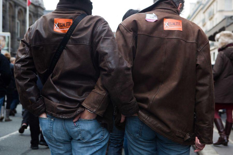 Homoseksualų santuokų rėmėjai išėjo į Paryžiaus gatves
