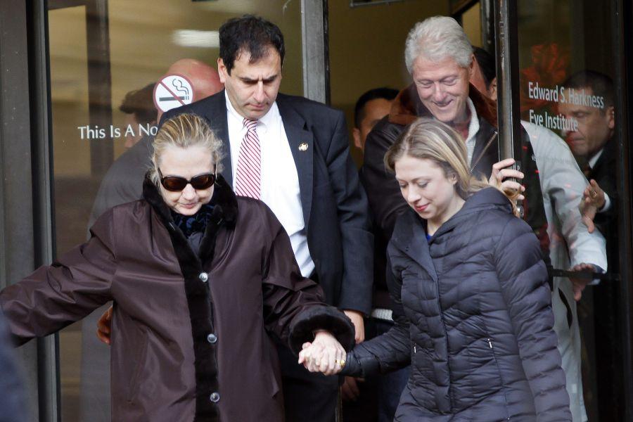 Hillary Clinton trečiadienį išleista iš ligoninės.