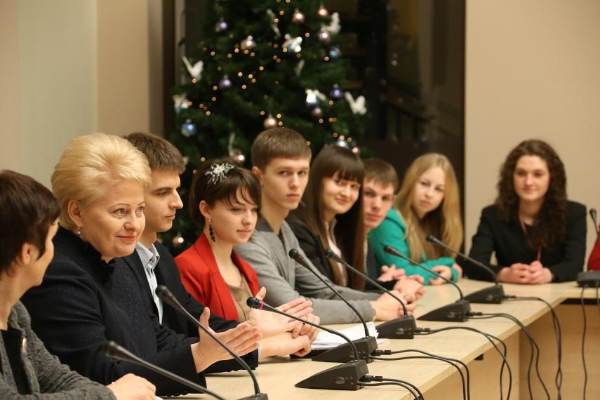 Dalia Grybauskatė susitiko su moksleiviais