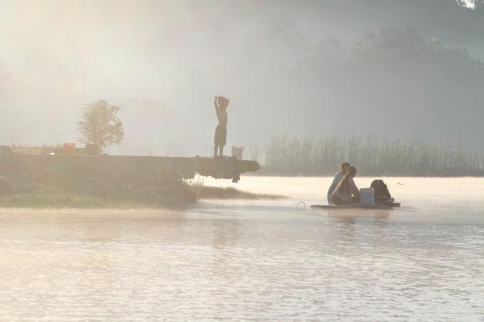 Evelinos ir Karolio nuotr./Prie Peten Itza ežero