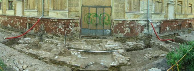 5.Sapiegų rūmų Antakalnyje paradinių laiptų liekanos. 2012m. tyrinėjimų metu. L.Girlevičiaus nuotr.