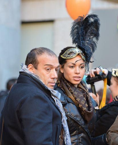 """AFP/""""Scanpix"""" nuotr./Šokėja Karima El-Mahroug, kitaip žinoma kaip Ruby, su draugu Luca Risso"""
