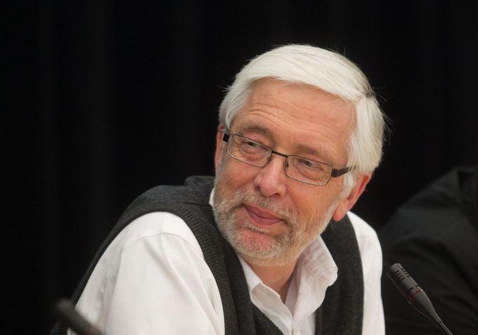Dainius' father, author Antanas `ileika