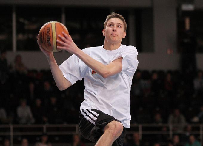 Vytautas Mikaitis/MKL nuotr./Dėjimų į krepaį čempionas Martynas Varnas