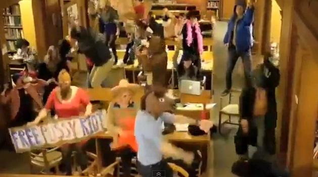 Studentų šokis.