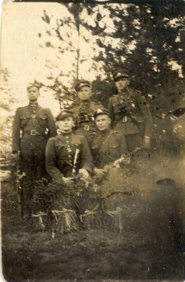 Daliaus Žygelio ir Genocido aukų muziejaus archyvo nuotr./Dainavos apygardos partizanai