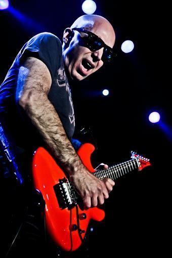 """Relax"" klubo nuotr./Joe Satriani"