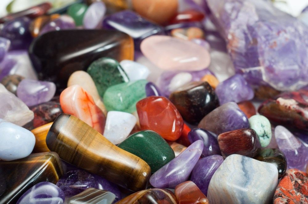 Mokslininkė apie mineralus: akmenys yra gyvi, reikia tik mokėti prakalbinti   failitus.lt