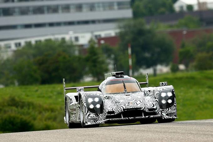 "LMP1 klasei paruoštas ""Porsche"" bolidas"