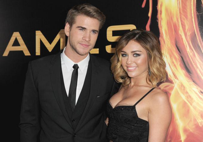 Liamas Hemsworthas ir Miley Cyrus 2012-ųjų kovą