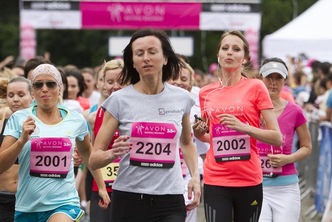 Mato Dauginio/15min.lt nuotr./Vilniaus Vingio parke vyko Avon moterų bėgimas