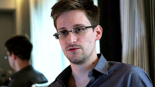 США обвинили Сноудена в шпионаже