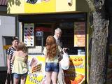 J.Andriejauskaitės/15min.lt nuotr./Ilgąjį savaitgalį Šventojoje vasaroja daugybė žmonių