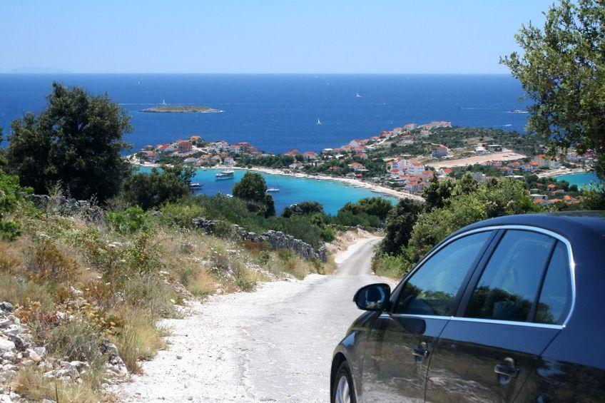 Keliauti po Kroatiją patogiausia automobiliu