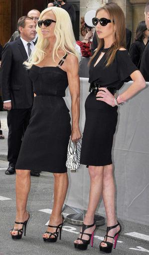 Dizainerė Donatella Versace (karėje)