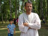 Eglės Digrytės nuotr./Mohammadas Omaras Nurgulas su sūnumi