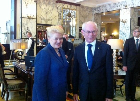 Dalia Grybauskaitė susitiko su EVT prezidentu Hermanu Van Rompėjumi.