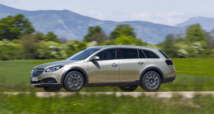 Opel nuotr./Opel Insignia Country Tourer