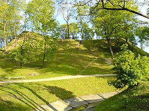 Ukmergės piliakalnis mena brolžudiškas kovas pereinant nuo kunigaikščių prie karaliaus valdžios.