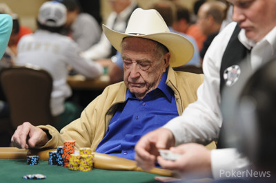 Doyle Brunsonas / pokernews.com nuotr.