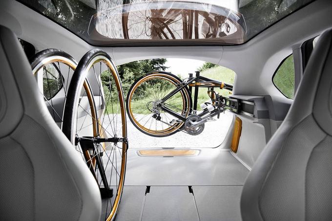 BMW nuotr./BMW Concept Active Tourer Outdoor