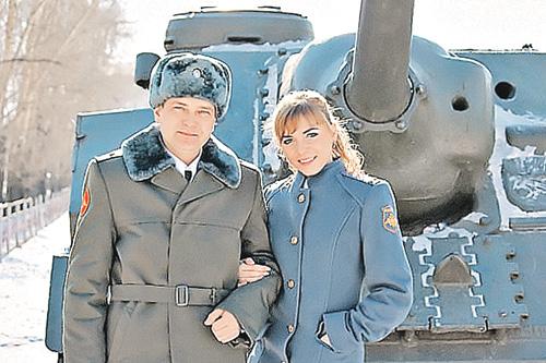 Nestatutiniais santykiais pagarsėjusi Olga Ovčarenko – žuvusio didvyrio Sergejaus Solnečnikovo sužadėtinė