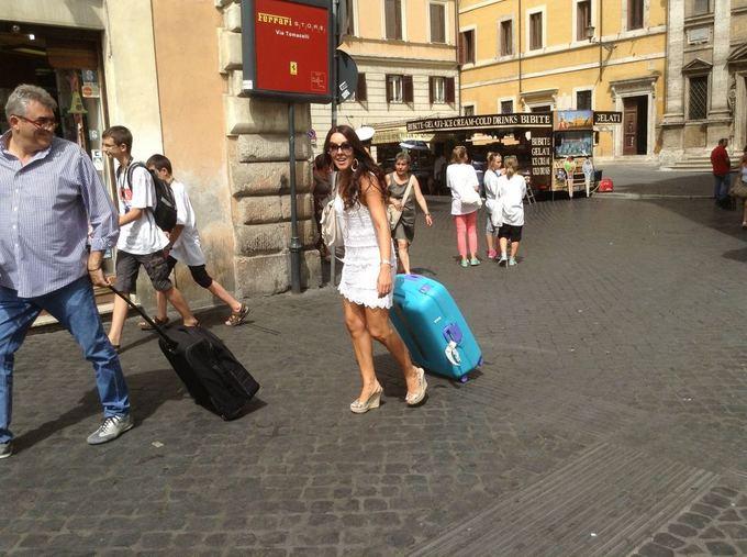 Jurgos Jurkevičienės nuotr./Žingsniuoti, avint aukatakulniais, Romos centro grindiniu pavojinga