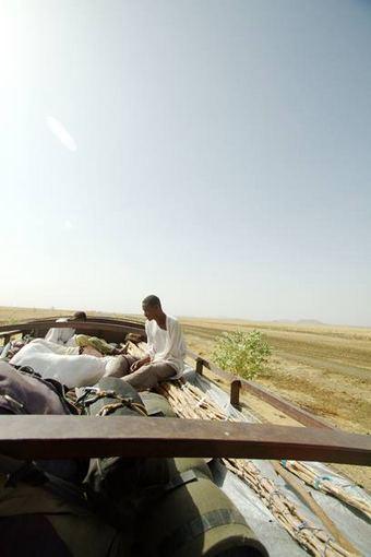 Evelinos ir Karolio nuotr./Nusileidus nuo Etiopijos kalnų patekome į beribę išdegintą žemę.