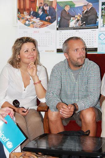 UNICEF nuotr./Beata Nicholson ir Giedrius Savickas Tanzanijoje
