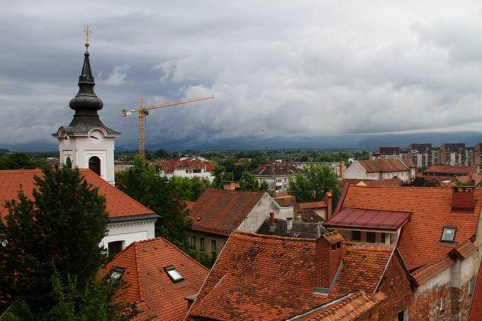 Evelinos ir Karolio nuotr./Praskrodus Kroatiją pasiekėm Liubljaną