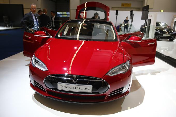 """""""Tesla Model S"""""""