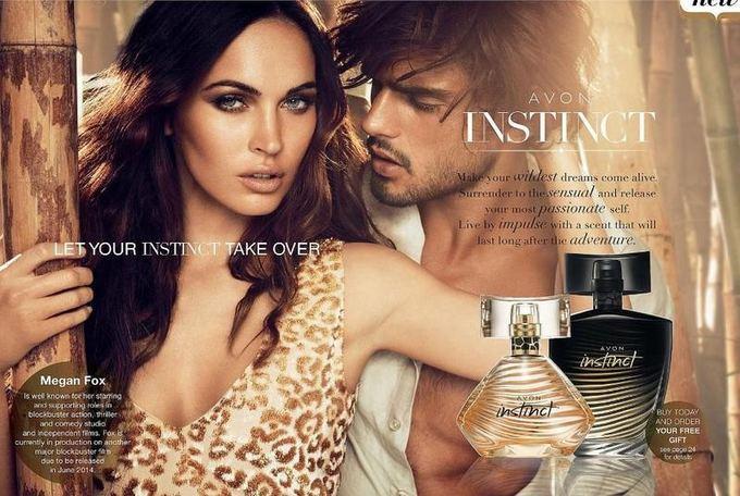 avon.com nuotr. / Avon 2013 m. rudens/žiemos kvepalų Instinct reklamoje kartu su aktore Megan Fox.