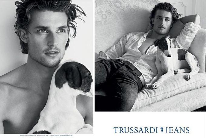 trussardi.com nuotr. / Trussardi Jeans 2013 m. pavasario / vasaros reklama.