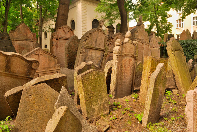 Fotolia nuotr./Senosios Prahos žydų kapinės (Čekija)