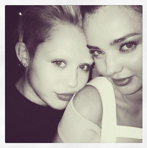"""Instagram"" nuotr. / Miley Cyrus ir Miranda Kerr"