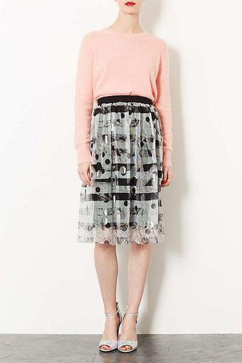 Sidabro spalvos tiulio sijonas iš topshop.com.