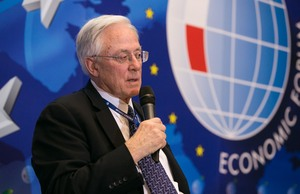 Buvęs JAV ambasadorius Lietuvoje Keithas Smithas