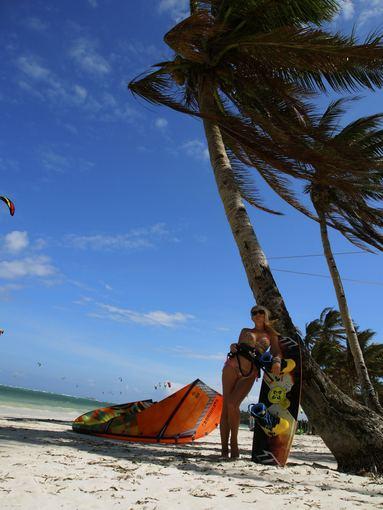 """""""Mangoriders"""" nuotr./Eglės Jackaitės atostogų Filipinuose akimirka"""