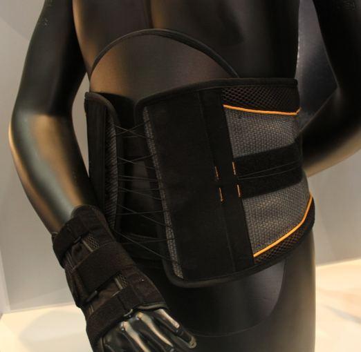 KTU nuotr./Tekstilė taikoma medicinoje –gaminami ortopediniai įtvarai