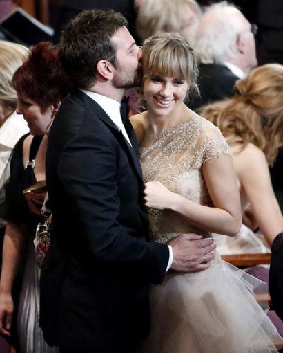 """Reuters""/""Scanpix"" nuotr./Bradley Cooperis ir Suki Waterhouse"