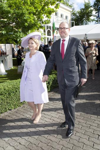 Mariaus Žičiaus/Žmonės.lt nuotr. /Jungtinės Karalystės ambasadorius Lietuvoje Davidas Huntas su žmona Sarah