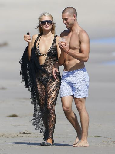 AOP nuotr./Paris Hilton ir Joshas Upshaw