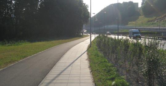 Dviratininkams – naujas dviračių takas šalia Geležinio Vilko gatvės