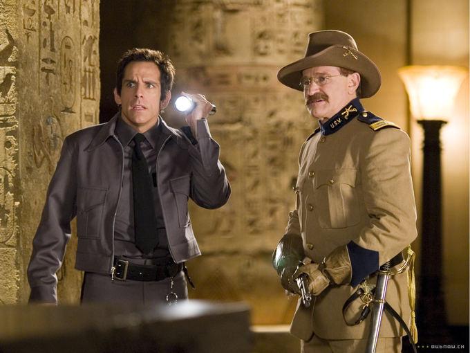 """Kadras iš filmo/Benas Stilleris ir Robinas Williamsas filme """"Naktis muziejuje"""""""