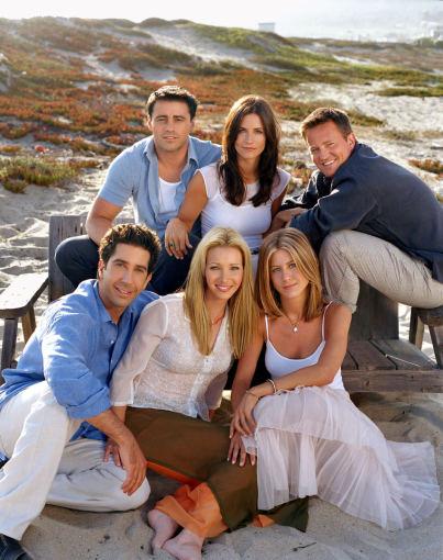 """AOP nuotr./Serialo """"Draugai"""" aktoriai: Mattas LeBlancas, Courteney Cox, Matthew Perry, Davidas Schwimmeris, Lisa Kudrow ir Jennifer Aniston"""