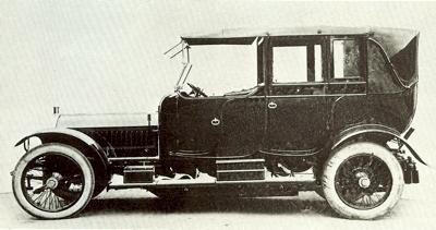 """Gamintojo nuotr./1911 m. """"Napier Landaulette"""""""