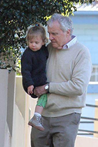AOP nuotr./Antony Kidmanas su savo vaikaite, Nicole Kidman dukra Sunday Rose