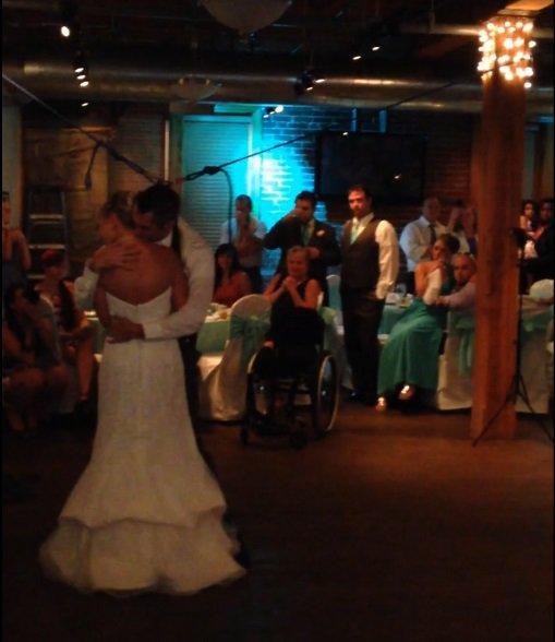 Joey ir Michelle jaunavedžių šokis